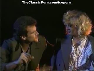 Julianne james, tracey adams, aja v vintáž porno scéna