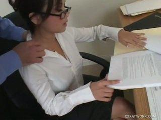hardcore sex, robienie loda, biuro seks