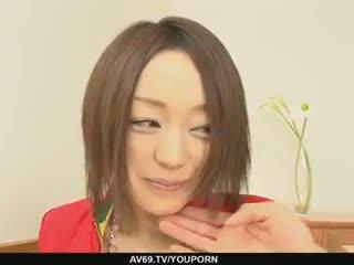 Rina yuuki ファック ハードコア と dicked ハード で 彼女の pot