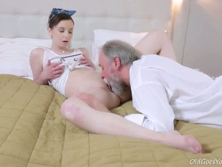 Vecchio goes giovane - questo vecchio goes giovane guy admired lenka's