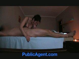 Masseur offered pognon pour sexe