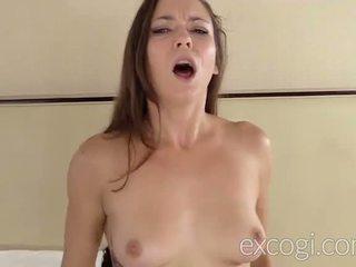 Charlotte amatör squirter på excogi