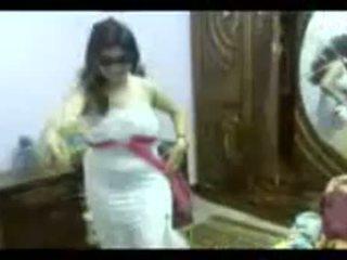 Arab секс dance додому безкоштовно