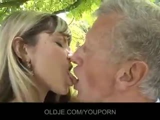 kissing, cum in mouth, blowjob