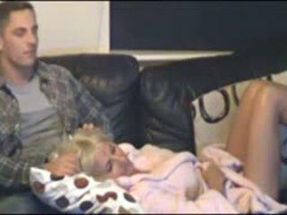 Майка и син заловени от скрит cammera