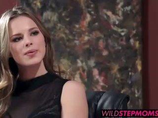 Abbey brooks accompanies neki stepdaughter hogy egy munka interjú