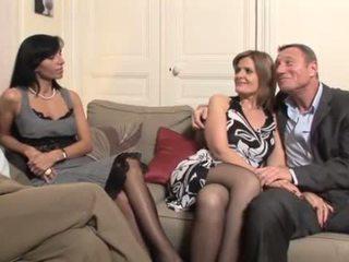 Perancis milf swingers seks empat orang