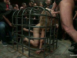 Locked in een kooi