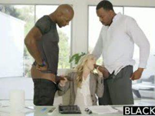 Blacked perfeita loira karla kush com 2 monstro negra cocks