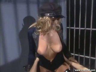big boobs, sexo en el pecho, tatuaje