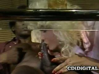 Chanel cena retro blondie iedīdītas līdz a bbc