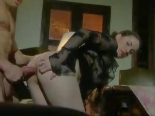 Titty adolescenta vagaboanta inpulit de mare pula, gratis porno 9b