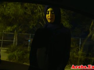 Arab hijabi 엿 에 금지 된 단단한 고양이: 무료 포르노를 74
