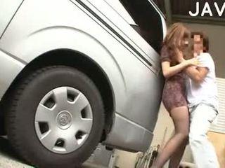 Mosaic: rumaja ngisep in an auto service