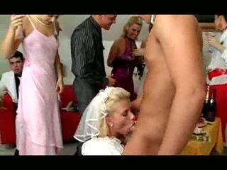 חתונה אורגיה וידאו