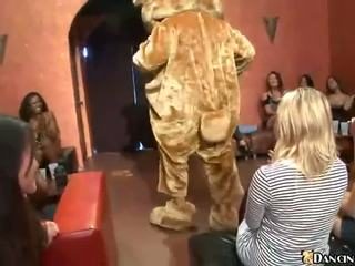 In Club Girls Going Crazy Free Mobile Porn