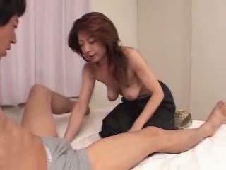Japans rijpere is hongerig voor seks video-
