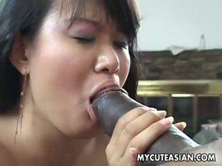 Negru dude has o fierbinte asiatic puicuta pentru ravasit