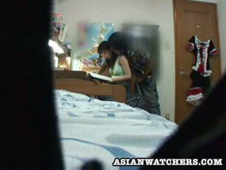 Spycam fiatal diáklány privát lesson 2