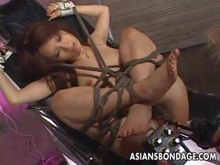 Tied naik gadis nakal gets banged oleh berbagai things