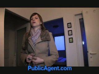 Público agent fucks grávida marketa