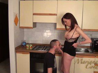 Mariana cordoba горещ в на кухня