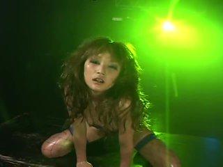 Micro bikiny oily dance 2 - 01 aya fukunaga