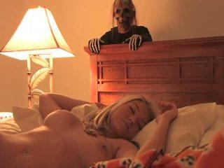 Halloween bonus hooters bela sexy jovem grávida completo filmes