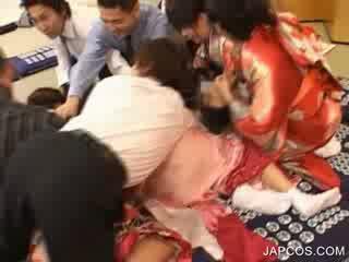 Nhật bản geisha gets miệng fingered