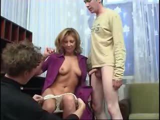 duże cycki, seks grupowy, mamusie i chłopcy