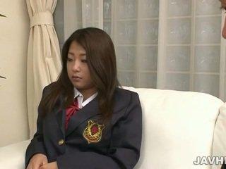 जपानीस स्कूलगर्ल toying और सकिंग