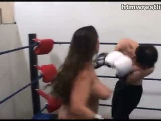 Femdom bokss beatdowns - wimp gets dominated