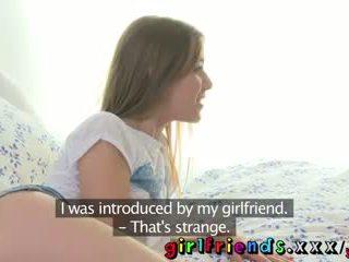 Girlfriends süß neu mädchen gets hinter die szenen tour