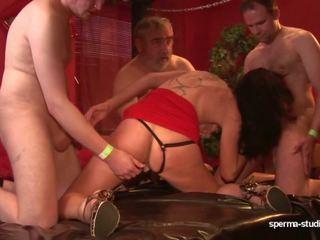 Sborra gangbang - leonie lasalle - p 1 -, hd porno 6c