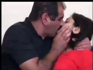 Tyrkisk jente fucks med yilmaz sahin video