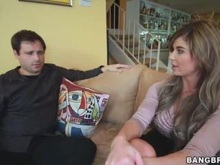 Chloe chaos съпруг watches като тя gets прецака