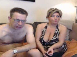 Chaud mère et leur boyfriend pt 2
