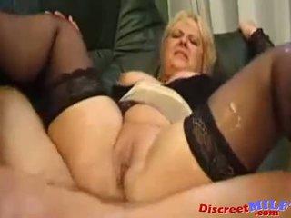 Rijpere frans milf geneukt anaal en squirting poesje
