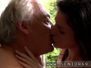 Short Films Teenage Farm Boys Horny Senior Bruce Spots A Ube