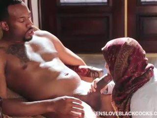 Nadia ali fucked nga i madh e zezë schlong