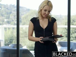 Blacked יפה בלונדינית hotwife aaliyah אהבה ו - שלה שחור lover