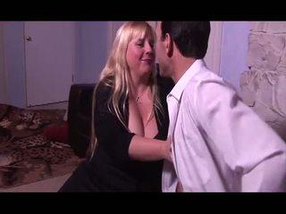 Porner premium: 巨乳 金发 同 巨大 奶 性交 上 她的 脂肪 的阴户