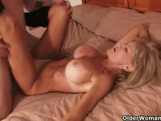 Cover her big tits with cum
