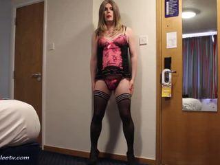 Emma lee - hotel pisare în roz chilotei