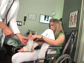 Disabled skaistule sākas līdz justies toe nepieredzējošas