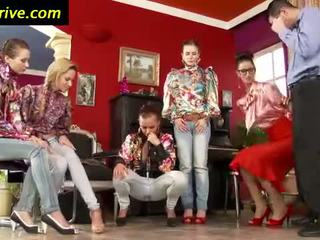 Stilrena clothed euro babes piss