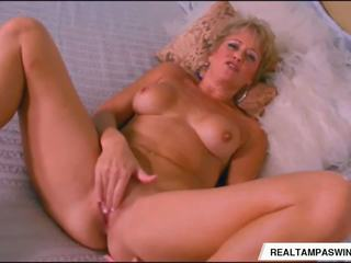 Tracy Licks is Alone and Horny, Free Real Tampa Swingers HD Porn