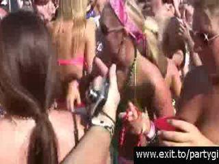 Scandalous publisks alus un sekss ballīte par the pludmale video