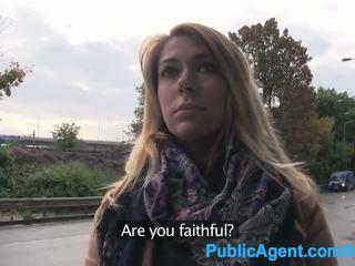 Publicagent ani gets geneukt outdoors en in de auto