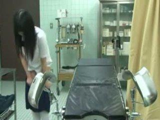 Mokinukė apgautas iki gynecologist